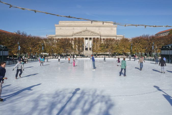 Washington DC - la patinoire devant les archives