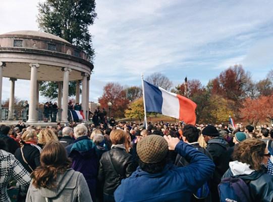 Boston loves Paris