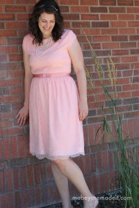 Lengthening a Dress | Mabey She Made It | #sewing #lengtheningadress #tutorial
