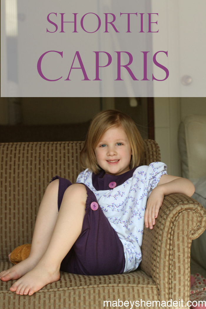 Shortie Capri Pajamas | Mabey She Made It #capri #pajamas #kidsclothesweek #shortienightgown