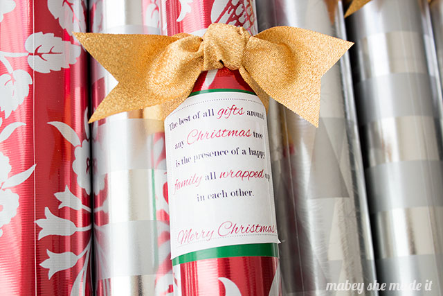 Give a simple and useful neighbor gift this year with these gift wrap printables. Just print, tape, and tie a ribbon around the wrap and you're set!