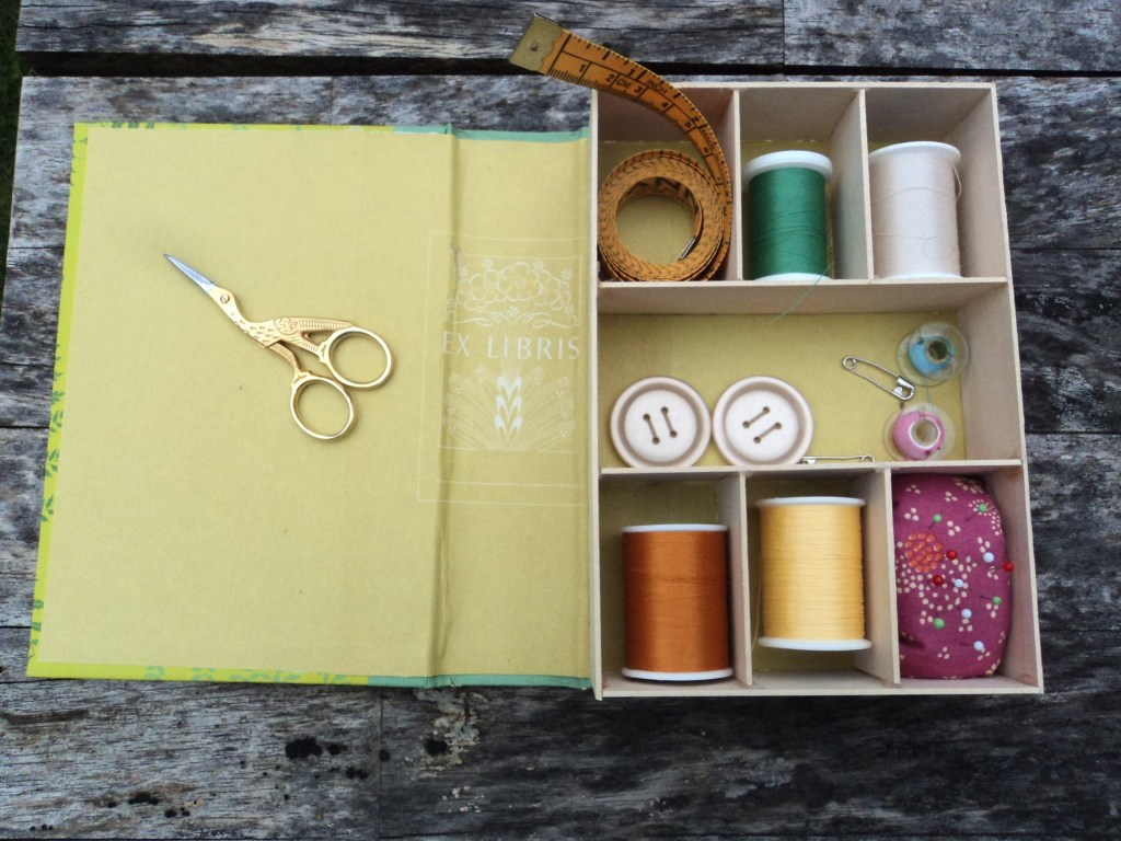 Creative uses for old book covers--a sewing box!!!
