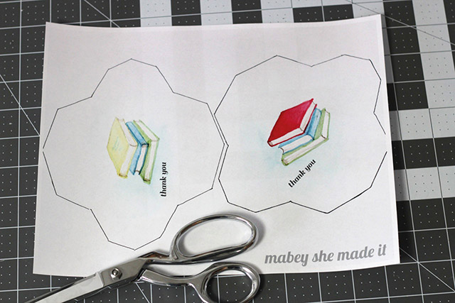 Cut out the printable gift card holders