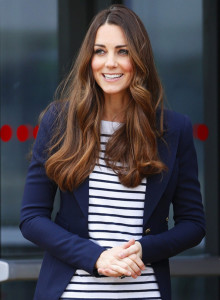 080614-kate-middleton-blazer-594