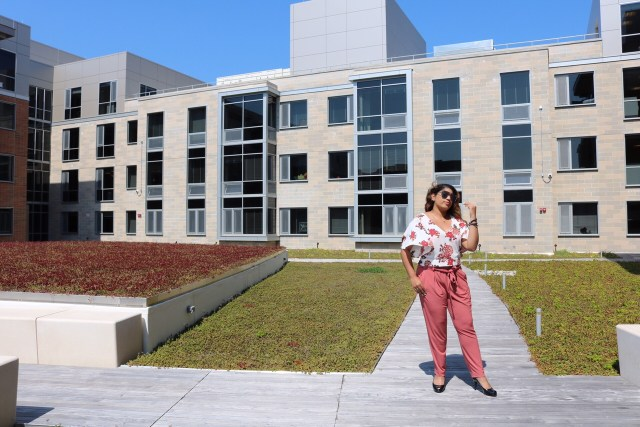 How To Dress Professionally On A College Budget