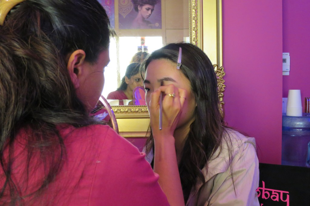 Bombay Brow Bar VIP Bombshell Party + Brow Grooming Experience!