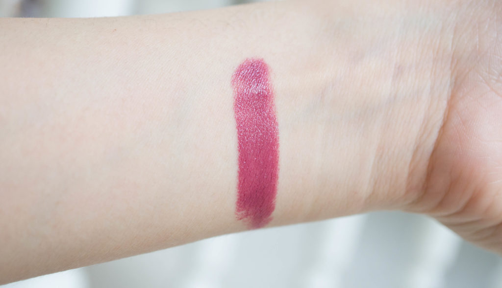clarins joli rouge 744 plum swatch-1