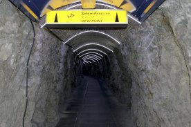 Tunnel zur Sphinx 3571m