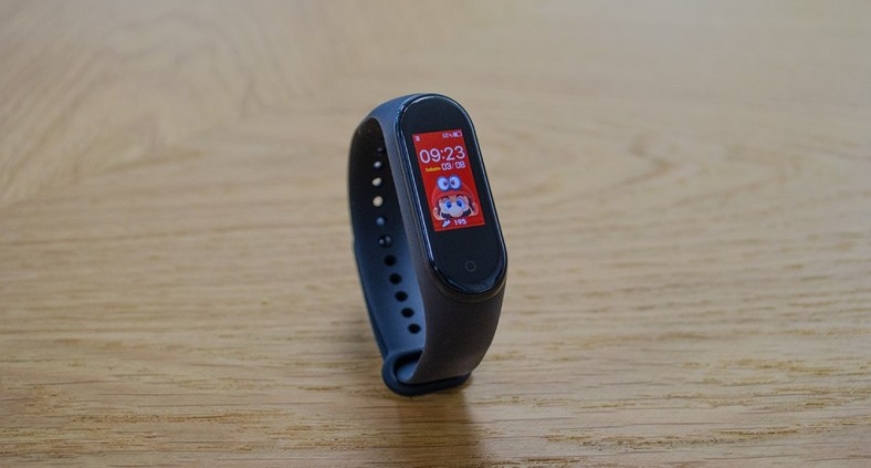 Personalizzare le watchfaces del Mi Band 4 da iPhone