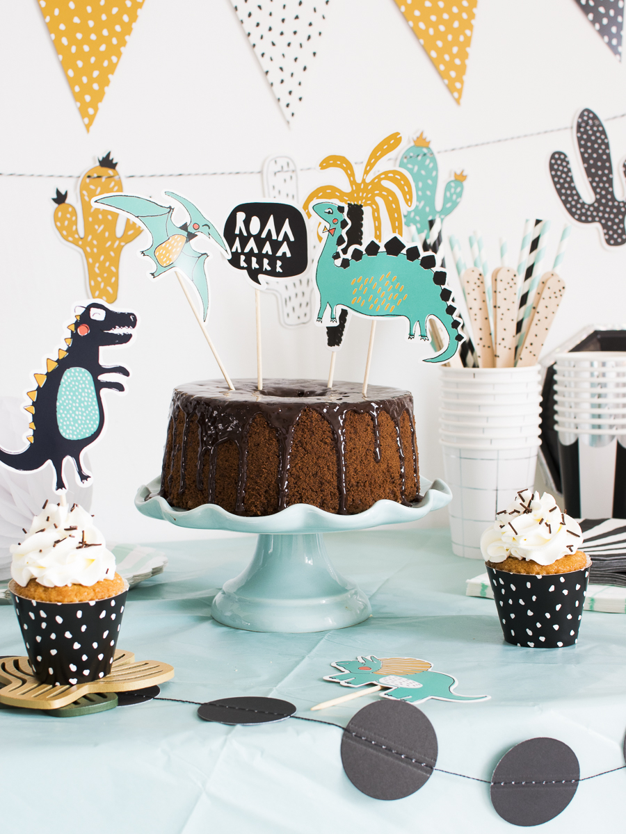 dino party_torta