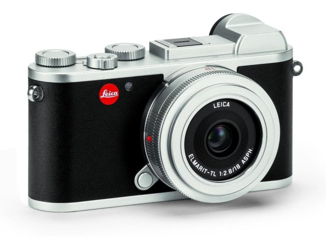 The CL looks gorgeous in its new silver trim, every inch the modern equivalent of the Barnack Leica (Image Leica Camera AG)