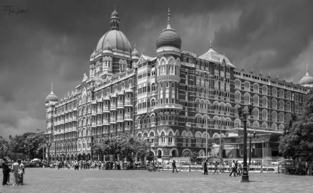 Taj Hotel, India (Leica M9 with Tri-Elmar 28-35-50 set at 50mm)