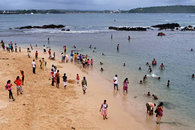 A normal day at Galle Fort beach