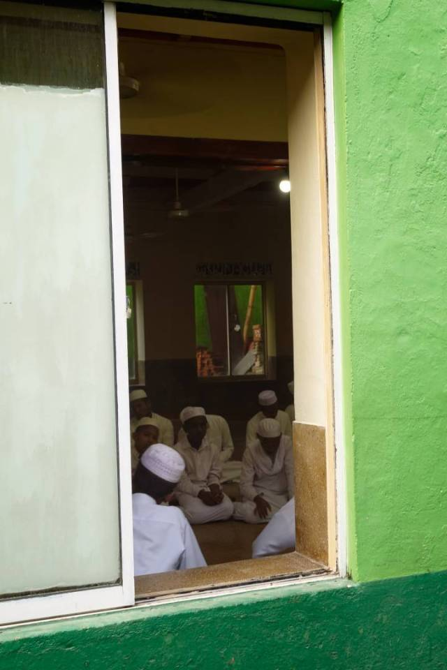 The Az-Zaviathul Faaseeya Mosque on Small Cross Street