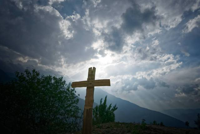An hour from Dirang, a cross marks the spot of an accident