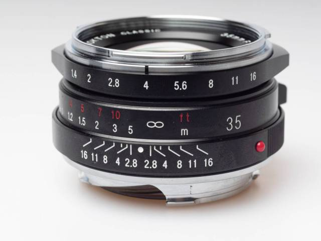 Small for its data, and for its performance: Nokton 35/1.4 II