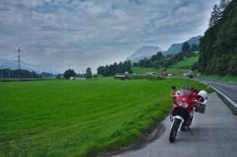 Österreich: Die wolkenverhangenen Alpen habe ich zügig hinter mir gelassen