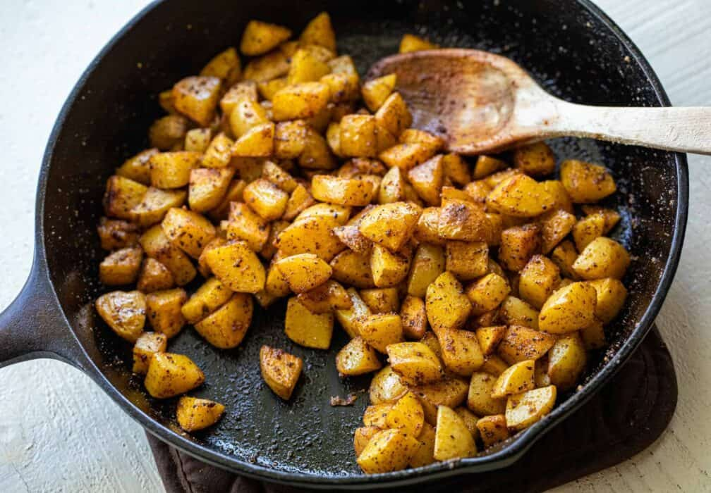 Country living editors select each product featured. How To Make Home Fries Step By Step Macheesmo