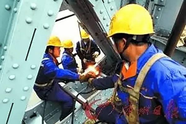 use rivets to repair some old steel bridges