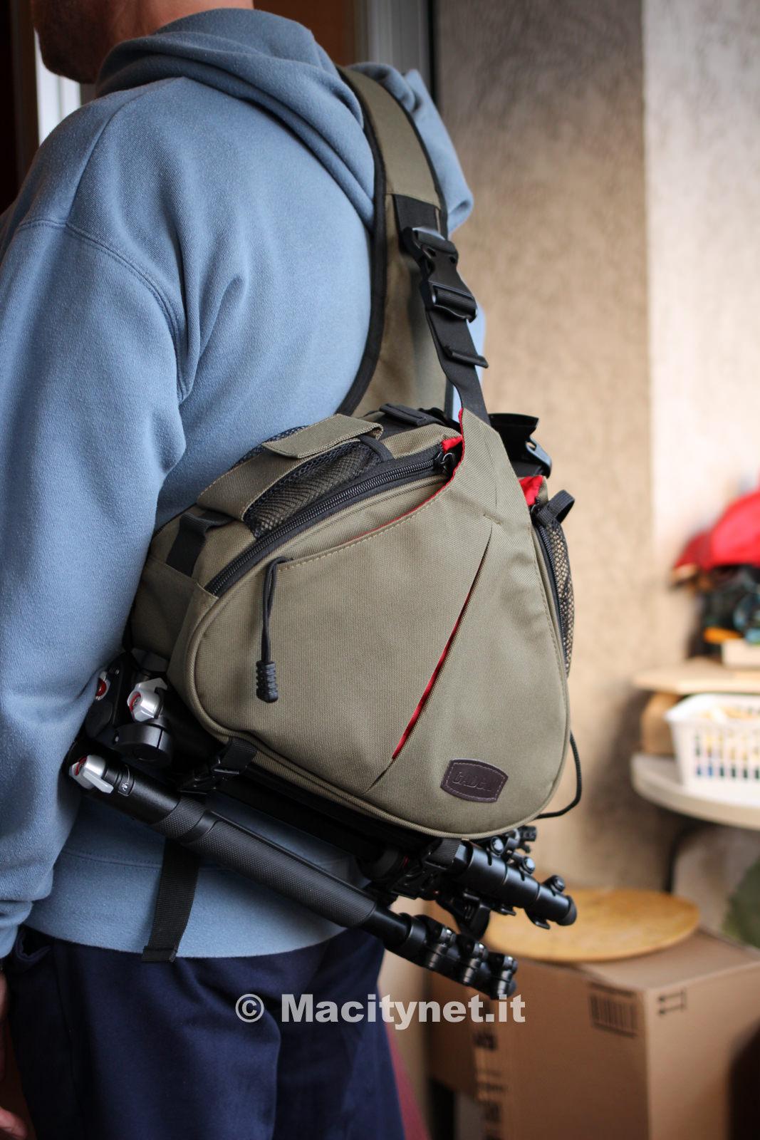 Recensione Caden K1 la borsa fotografica monospalla per