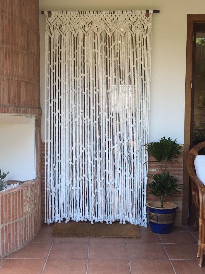 Cortina macram modelo zigzag elaborada artesanalmente