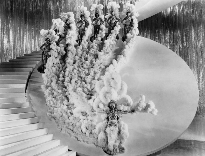 """Busby Berkeley aus dem Film """"Mädchen im Rampenlicht"""" (orgin. Ziegfeld Girl) von 1941"""