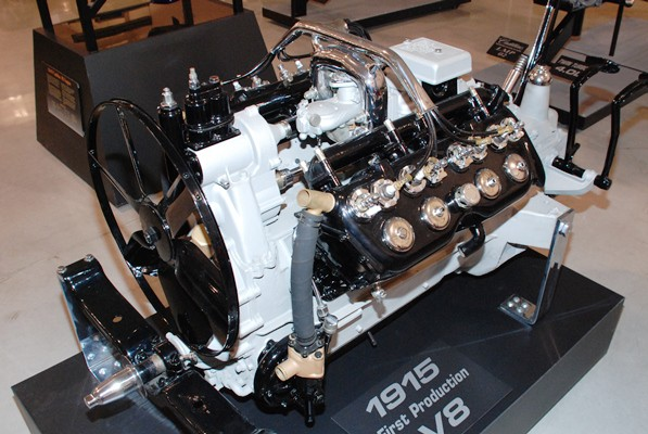 1915 Cadillac V8