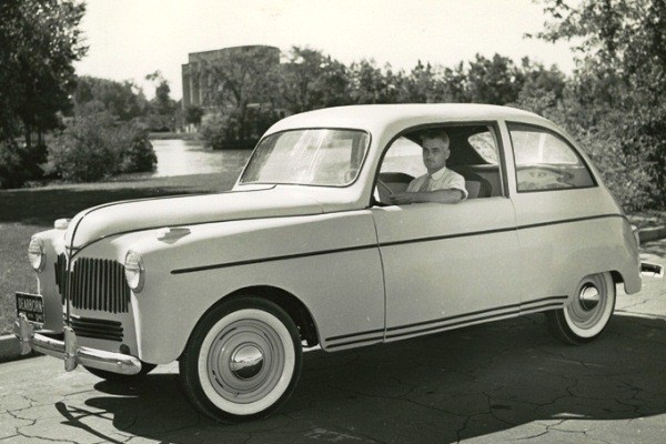 Lowell Overly with Ford soybean car full view