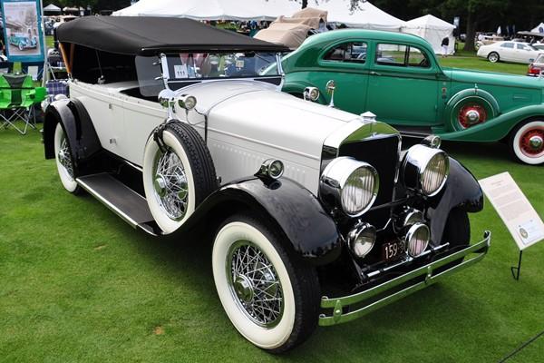 1928 Cunningham V-8 Touring Tom and Sonia Abbott