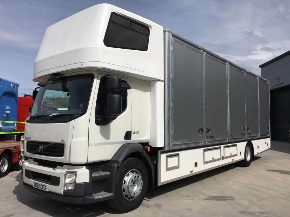 medium resolution of volvo 2012 fl240 2012 4 x 2 removal truck