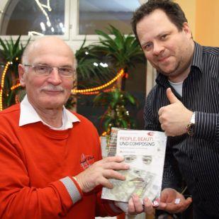 Karl-Heinz N. konnte ein Addison-Wesley Fachbuch über kreatives Arbeiten mit Photoshop nach Hause nehmen