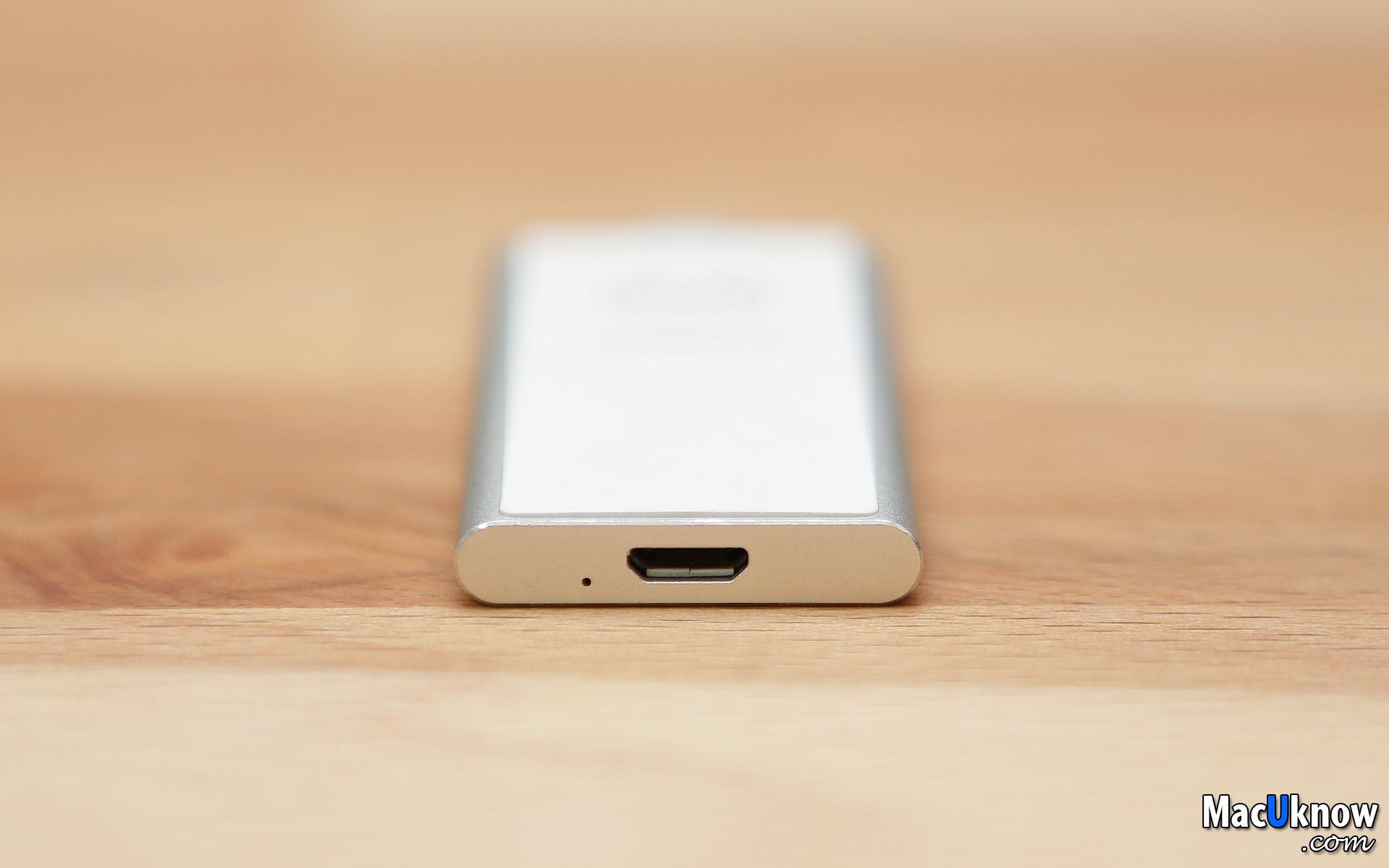[開箱測試] iPhone照片影片太多,對老舊的裝置來說光是維持流暢效能就蠻吃力了,開個紀錄看徽章想領獎勵, 它上面除了遊戲其它都沒裝;畫面只要稍為操作快一點,刪除重新安裝, 買了一隻二手手機玩遊戲,容量不夠了?那就存到口袋相簿裡吧!Maktar Piconizer! | MacUknow
