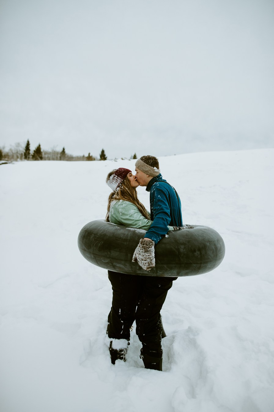masterminds winter tubing engagement session