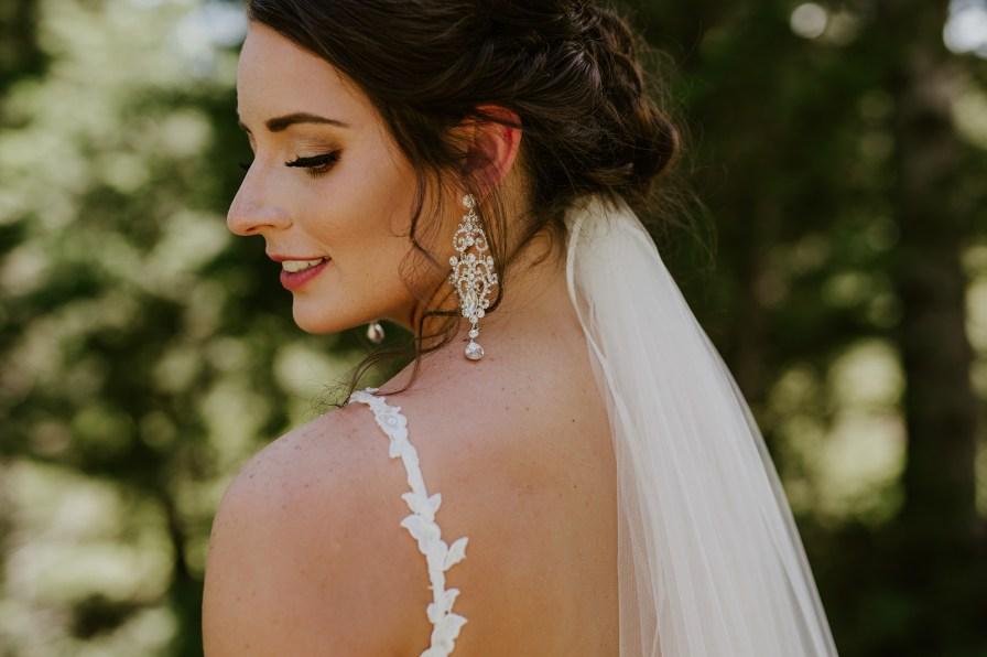classy bridal earrings