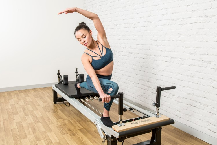 Align-Pilates A2RII Pilates reformer model demo with planking handles