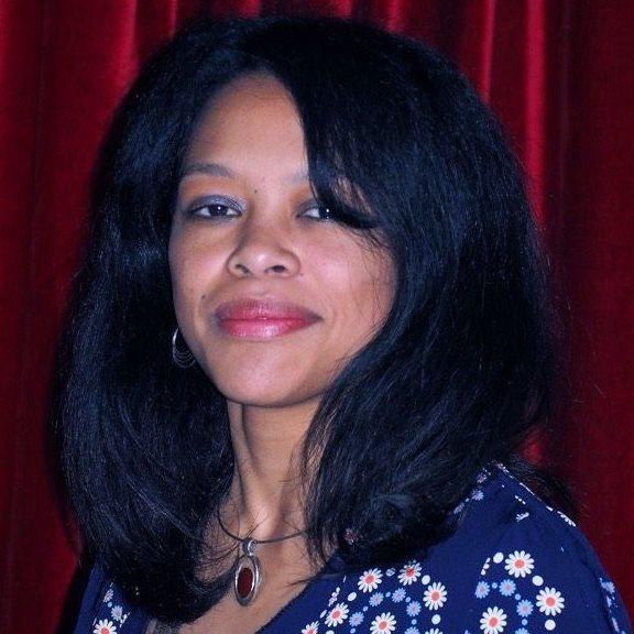 Portrait: Baomiavotse Vahinala Raharinirina Douguet