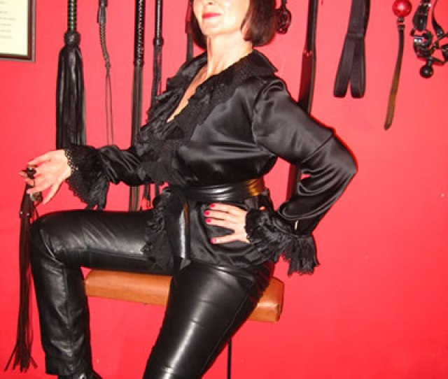 Friday Th October And I Am Waiting For One Of My More Southerly Located Slaves To Arrive At My Home Chamber In Lancashire He Has A Long Journey Ahead Of