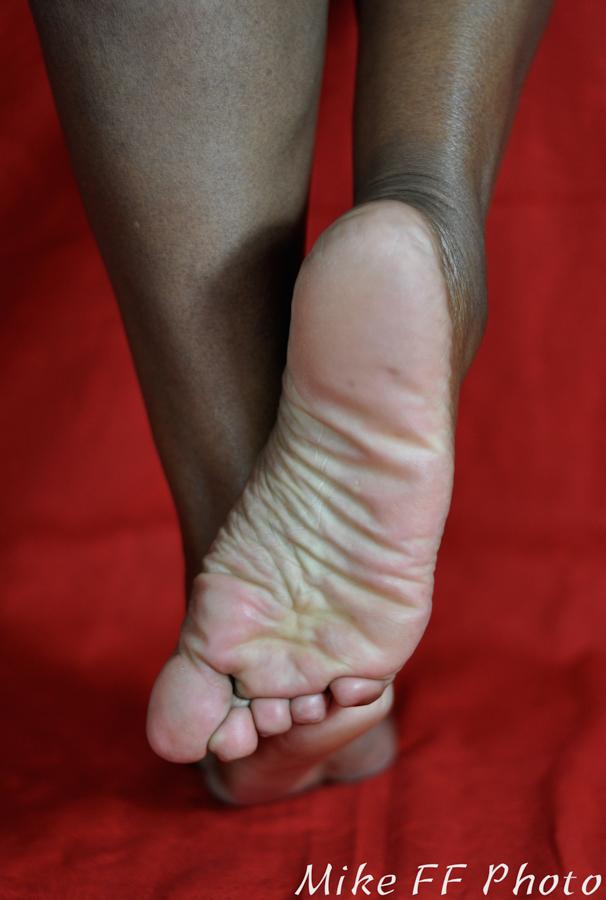 Foot Fetish  Madame Caramel