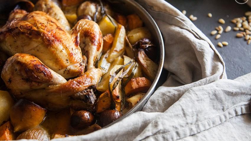 Κοτόπουλο με γέμιση & σάλτσα gravy