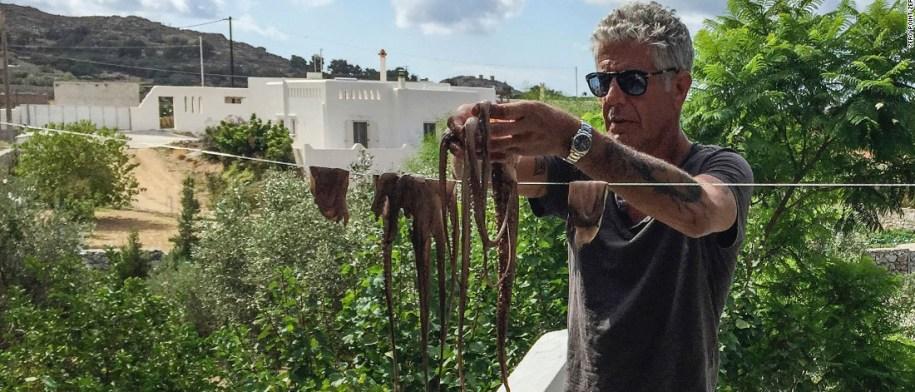 13 ατάκες του Anthony Bourdain για την Ελλάδα