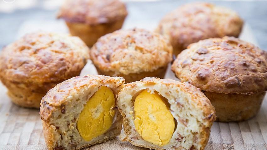 Αλμυρά muffins με ολόκληρο αυγό