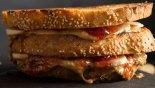 Γλυκό σάντουιτς με φυστικοβούτυρο