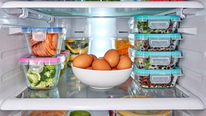 Πως θα κάνεις το ψυγείο σου να δουλεύει σωστά στην καλοκαιρινή ζέστη