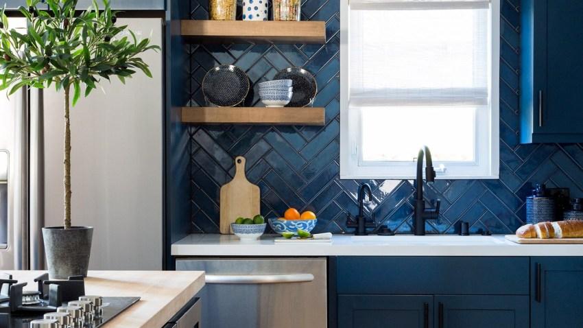 8 μπλε κουζίνες του Instagram που ερωτεύτηκα με την πρώτη ματιά