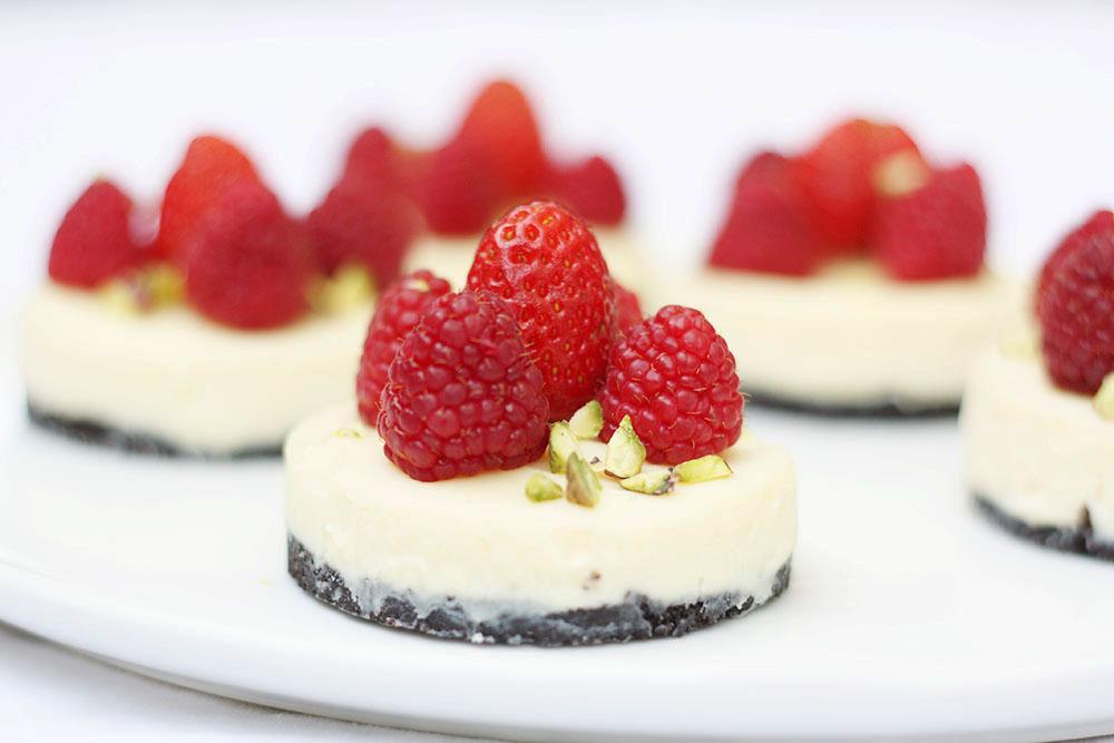 fruits rouges, chocolat blanc et oréos