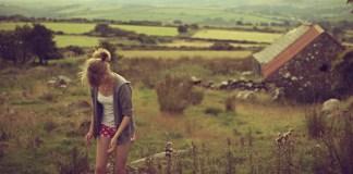 海外生活で寂しいと感じたら…孤独感を乗り越える4つのステップ