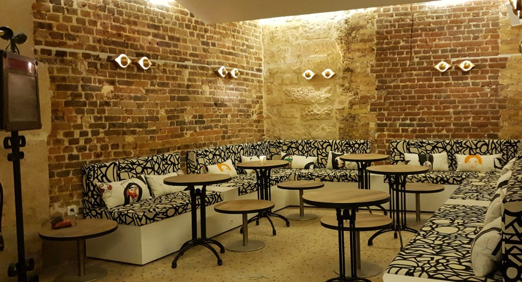 Madame Sarfati I Comedy Club I Bar I Restaurant