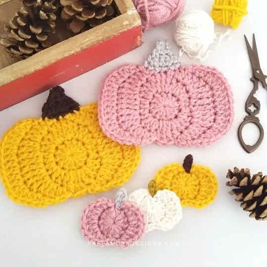 Pumpkin applique crochet pattern