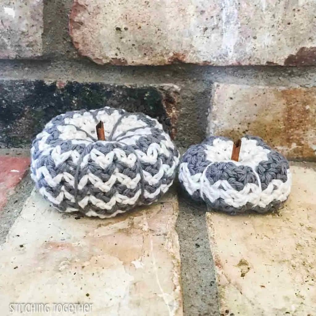 Country pumpkin crochet pattern