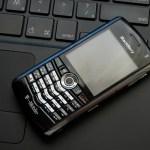 Demandan a RIM y Motorola por infringir patentes